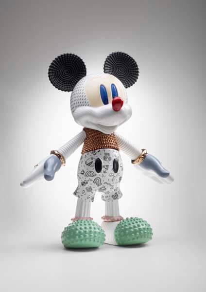 MickeyForeverYoung_Bosa_Disney